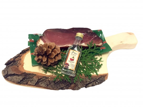 Ham board with Landjäger and black forest beer